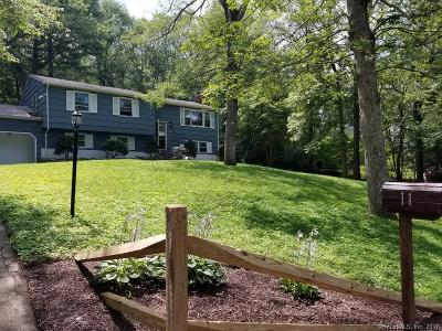Ledyard Single Family Home For Sale: 11 Lincoln Drive