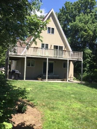 Bristol Single Family Home For Sale: 204 Norwalk Avenue