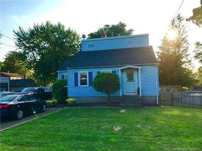 Berlin CT Single Family Home For Sale: $240,000