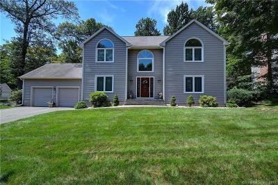 Middletown Single Family Home For Sale: 7 Westwood Lane