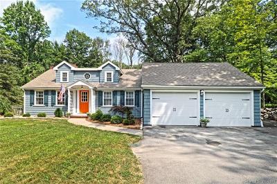 Woodbridge Single Family Home For Sale: 15 Seymour Road