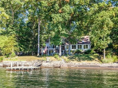New Milford Single Family Home For Sale: 30 Chimney Point Road