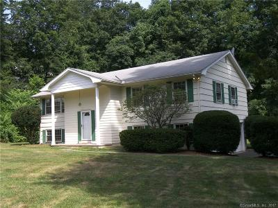 Fairfield County Single Family Home For Sale: 8 Saint George Place