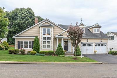 Trumbull Single Family Home For Sale: 4 Winding Way