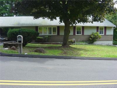 Hamden Single Family Home For Sale: 359 Gilbert Avenue