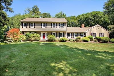 Trumbull Single Family Home For Sale: 10 Trailwood Lane