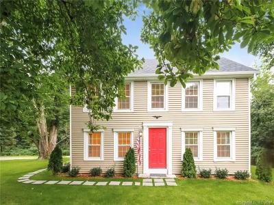 Ridgefield CT Single Family Home For Sale: $659,000