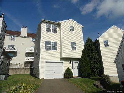 Hamden Condo/Townhouse For Sale: 2390 State St #L12F