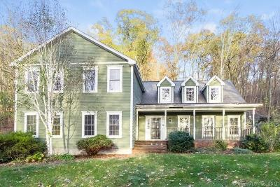 Southbury Single Family Home For Sale: 735 Jacob Road