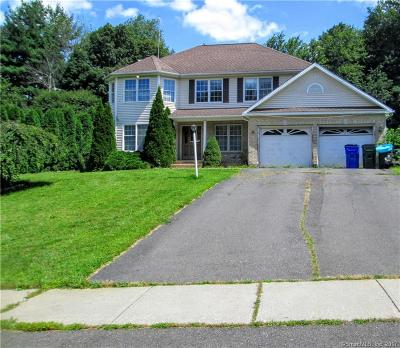 Watertown Single Family Home For Sale: 35 Georgetown Drive