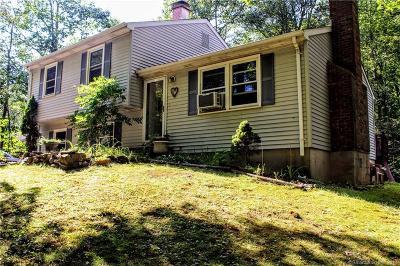 Hamden CT Single Family Home For Sale: $239,900