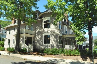 New Haven Condo/Townhouse For Sale: 362 Whitney Avenue #3
