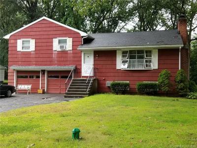 Trumbull Single Family Home For Sale: 37 Leffert Road