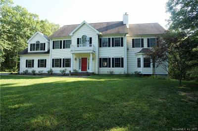 Southbury Single Family Home For Sale: 216 Sunset Ridge