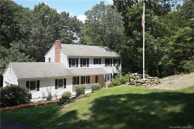 Shelton Single Family Home For Sale: 186 Thoreau Drive