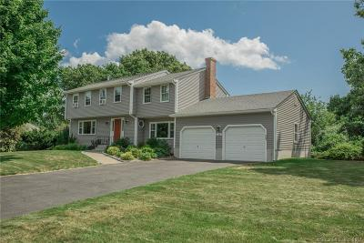 Old Saybrook Single Family Home For Sale: 28 Cricket Court
