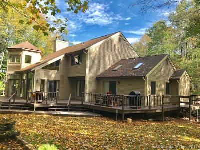 Cheshire Single Family Home For Sale: 189 Shagbark Court