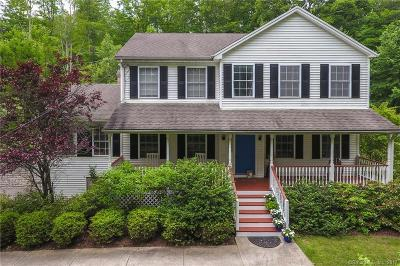 Southbury Single Family Home For Sale: 50 Jacob Road