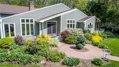 Marlborough Single Family Home For Sale: 26 Riverview Circle