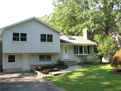 Wolcott Single Family Home For Sale: 85 Catering Road