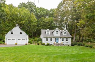 Southbury Single Family Home For Sale: 28 Hulls Hill Road