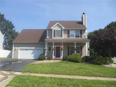 Meriden Single Family Home For Sale: 39 Saratoga Way