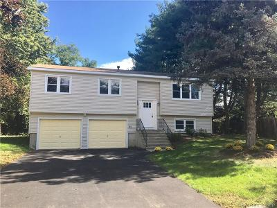 Milford CT Single Family Home For Sale: $300,000