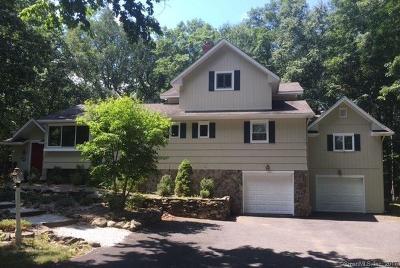 Ridgefield Single Family Home For Sale: 69 Scott Ridge Road