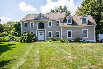 Woodbridge Single Family Home For Sale: 6 Jeremy Garden Lane