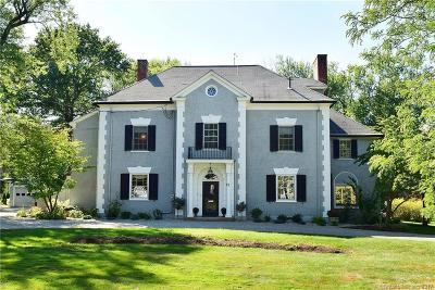West Hartford Single Family Home For Sale: 11 Northmoor Road