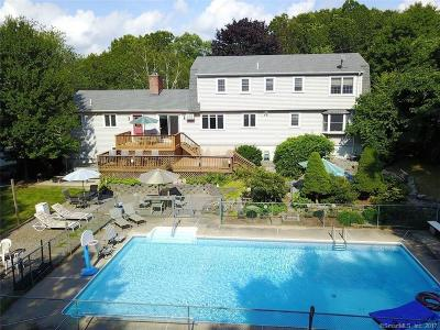 Middlebury Single Family Home For Sale: 105 Tower Road