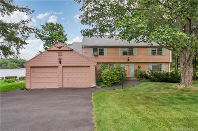 Farmington Single Family Home For Sale: 92 Woodpond Road