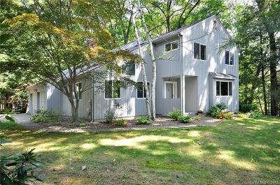 Simsbury Single Family Home For Sale: 16 Echo Lane