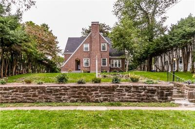 West Hartford Single Family Home For Sale: 172 Westland Avenue
