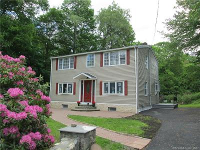 Middlebury Single Family Home For Sale: 31 Lockwood Road