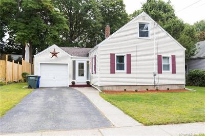 Bridgeport Single Family Home For Sale: 74 Greystone Road