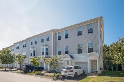New London County Condo/Townhouse For Sale: 38 Hope Street #105