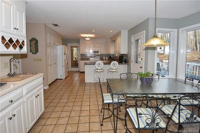 Tolland County, Windham County Single Family Home For Sale: 117 Senate Brook Drive