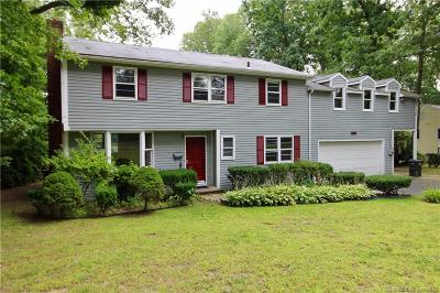 Stamford CT Single Family Home For Sale: $779,000