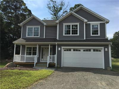 Milford Single Family Home For Sale: 46 Cedarhurst Lane