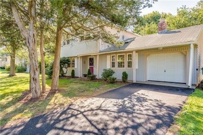 Hamden Single Family Home For Sale: 114 Flower Drive