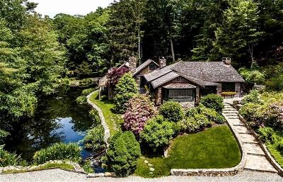 Weston Single Family Home For Sale: 367 Newtown Turnpike