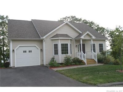 Tolland County, Windham County Condo/Townhouse For Sale: 44 Woodside Drive #44