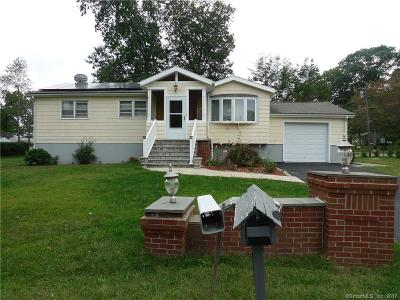 Wolcott Single Family Home For Sale: 125 Hickory Lane
