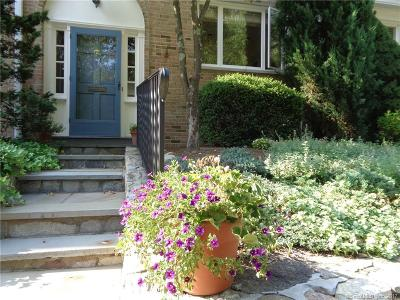 New Canaan Condo/Townhouse For Sale: 205 Main Street #38