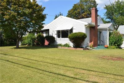 Newington Single Family Home For Sale: 600 New Britain Avenue