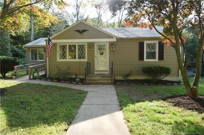 Bristol Single Family Home For Sale: 314 Old Wolcott Road