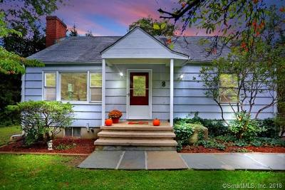 Fairfield County Single Family Home For Sale: 8 Glen Drive
