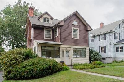 Hartford Single Family Home For Sale: 692 Broadview Terrace