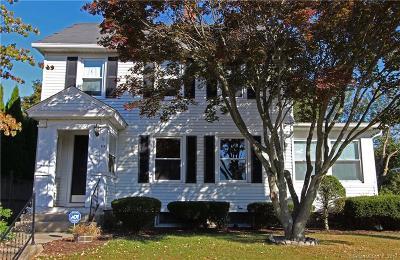 Naugatuck Single Family Home For Sale: 49 Hillcrest Avenue